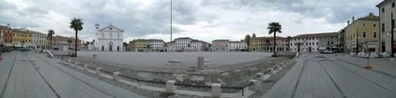 Palmanova, Piazza Grande